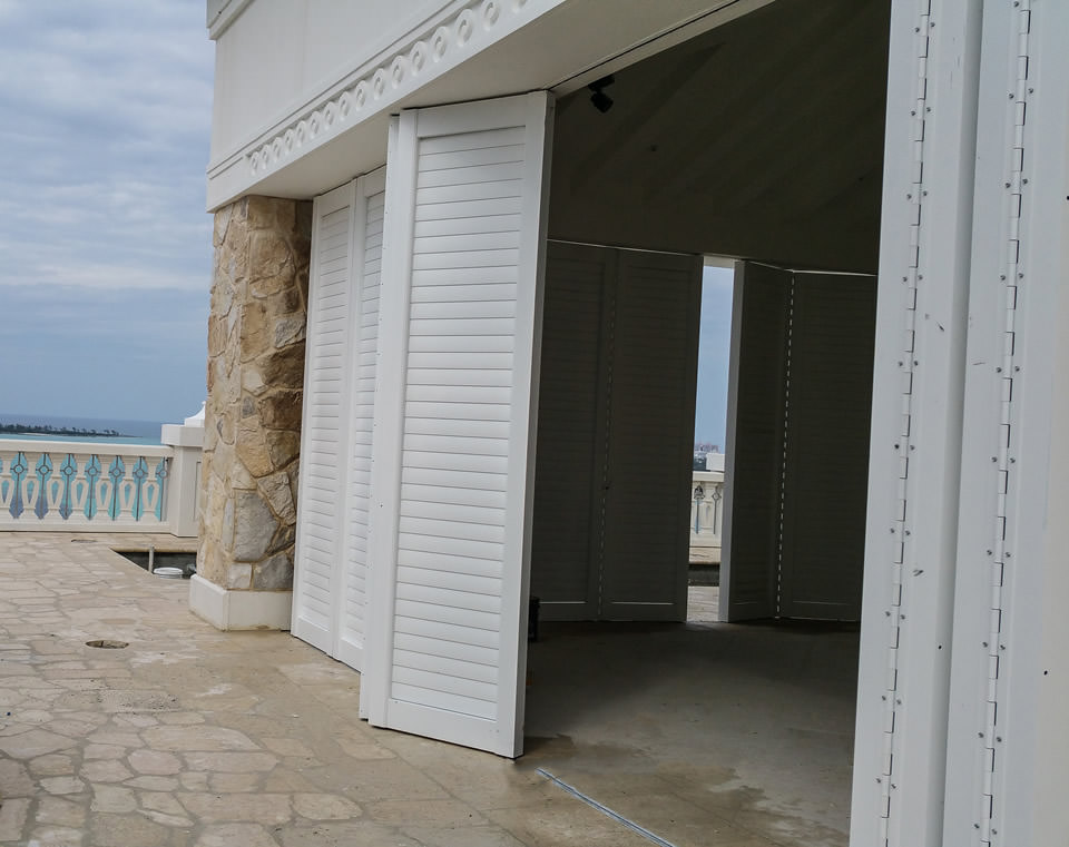 Awning With Screen