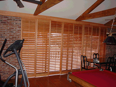 how much do rolling security shutters cost elakiri community. Black Bedroom Furniture Sets. Home Design Ideas
